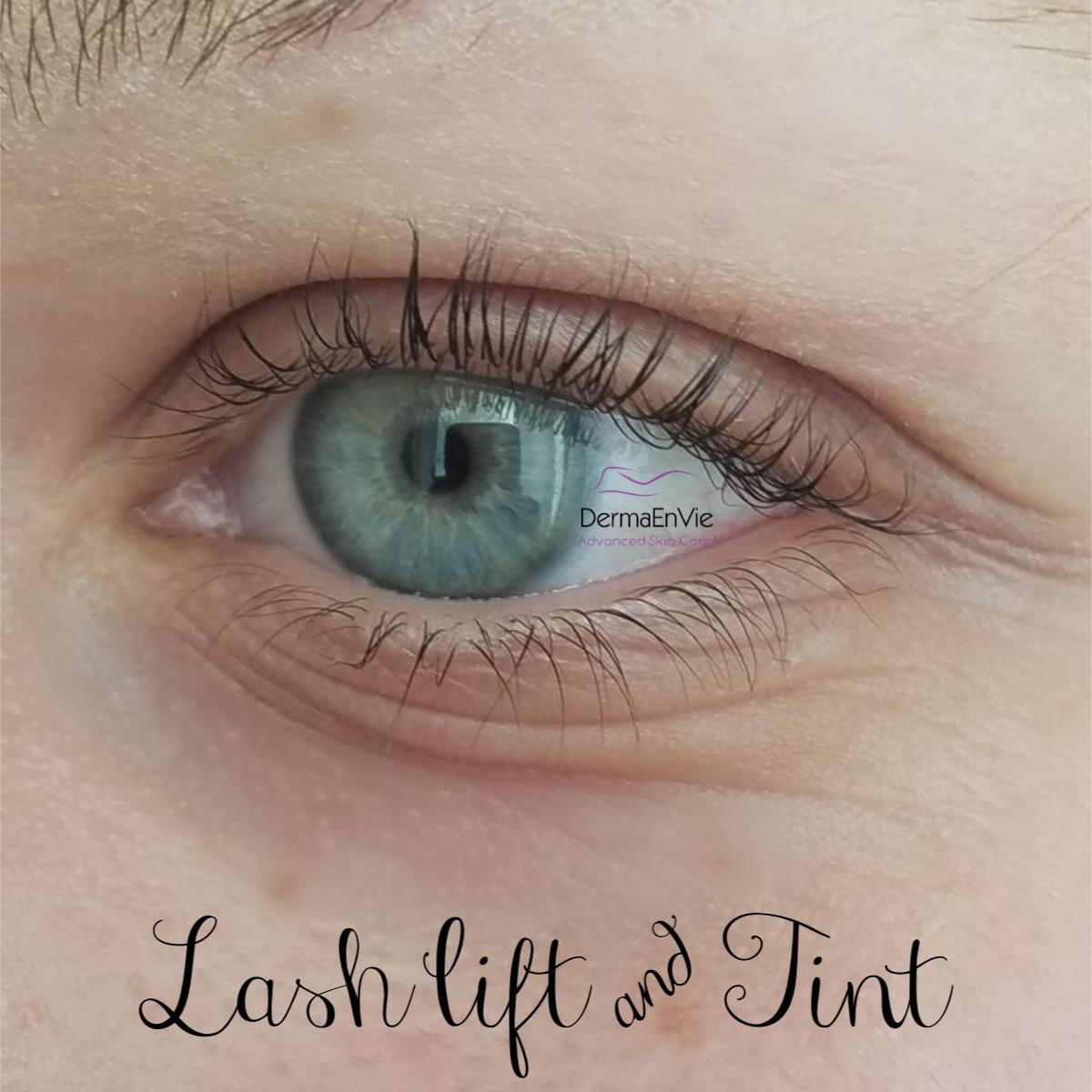 eye liner1.jpg