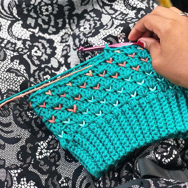 I stumbled upon some #CaronxPantone yarn that I bought last year and decided to make a child-sized #SheldonOmbreSlouch. ••• Hat: Sheldon Ombré Slouch Pattern: #SheldonSlouch by @larjcrochets Yarn: Caron x Pantone • • • #LarJcrochets #crochet #crochetaddict #crochetersofinstagram #instacrochet #thehooknookers #crochetlife #makersgonnamake #makerstribe #crochetfairisle #fairislecrochet #ShellStitch #crochetpattern