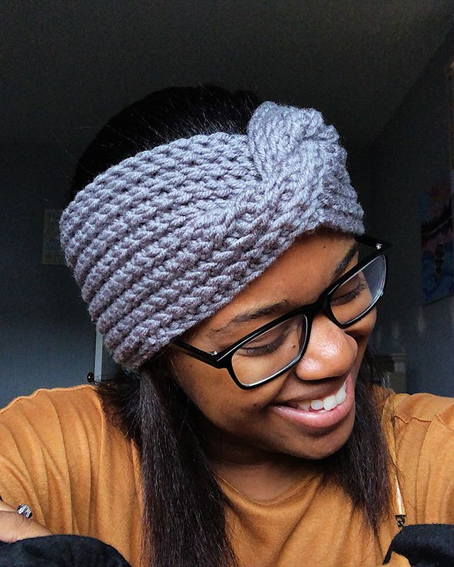 Up on the blog! I did a #crochetpatternreview of #TheSalomeEarwarmer by @hocknchain 😍 Link in the bio 🧶 ••• Headband: Salome Earwarmer Pattern: The Salome Earwarmer by Hocknchain Yarn: #ColorMadeEasy by @lionbrandyarn • • • #LarJcrochets #crochet #crochetaddict #crochetersofinstagram #instacrochet #thehooknookers #crochetlife #makersgonnamake #makerstribe #crochetgirlgang #lionbrandyarn #crochetheadband #crochetearwarmer #protectivestyling