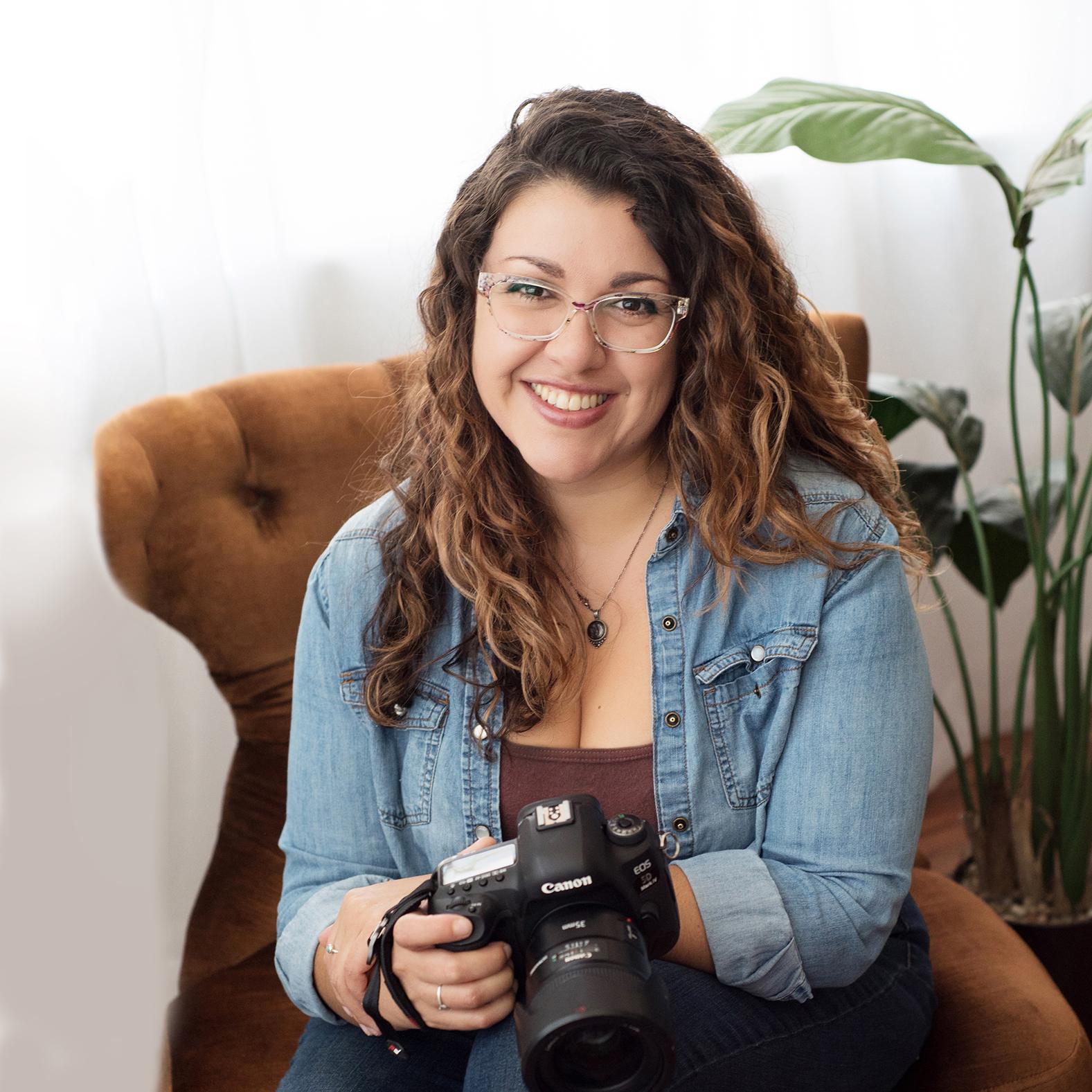 Brenda De Los Santos 01LOWsquare.jpg