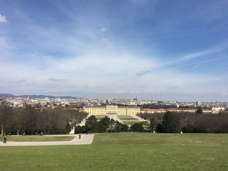 schonbrunn-palace-back-feature-photo.jpg
