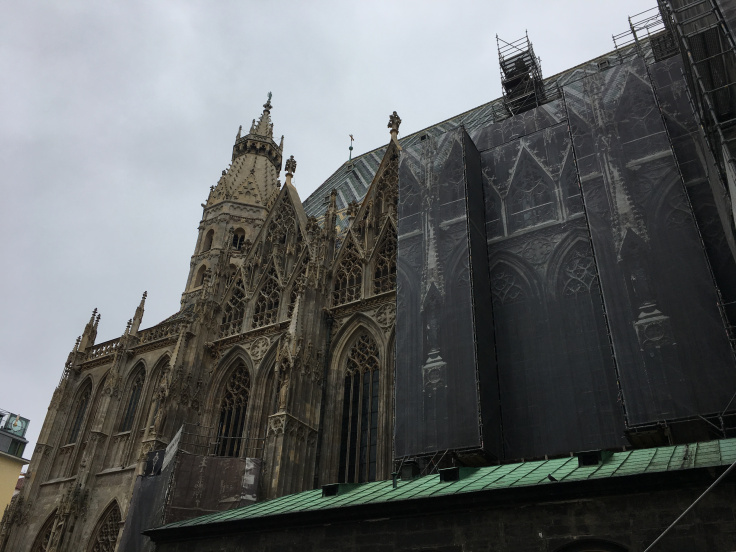 st-stephens-cathedral-side-view.jpg