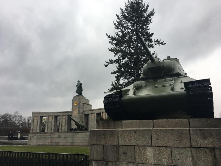 soviet-red-army-memorial.jpg