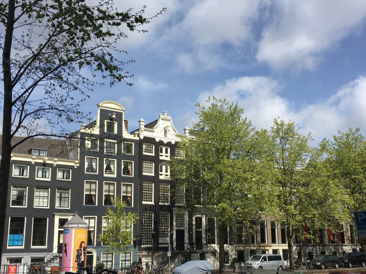 amsterdam-street-architecture.jpg