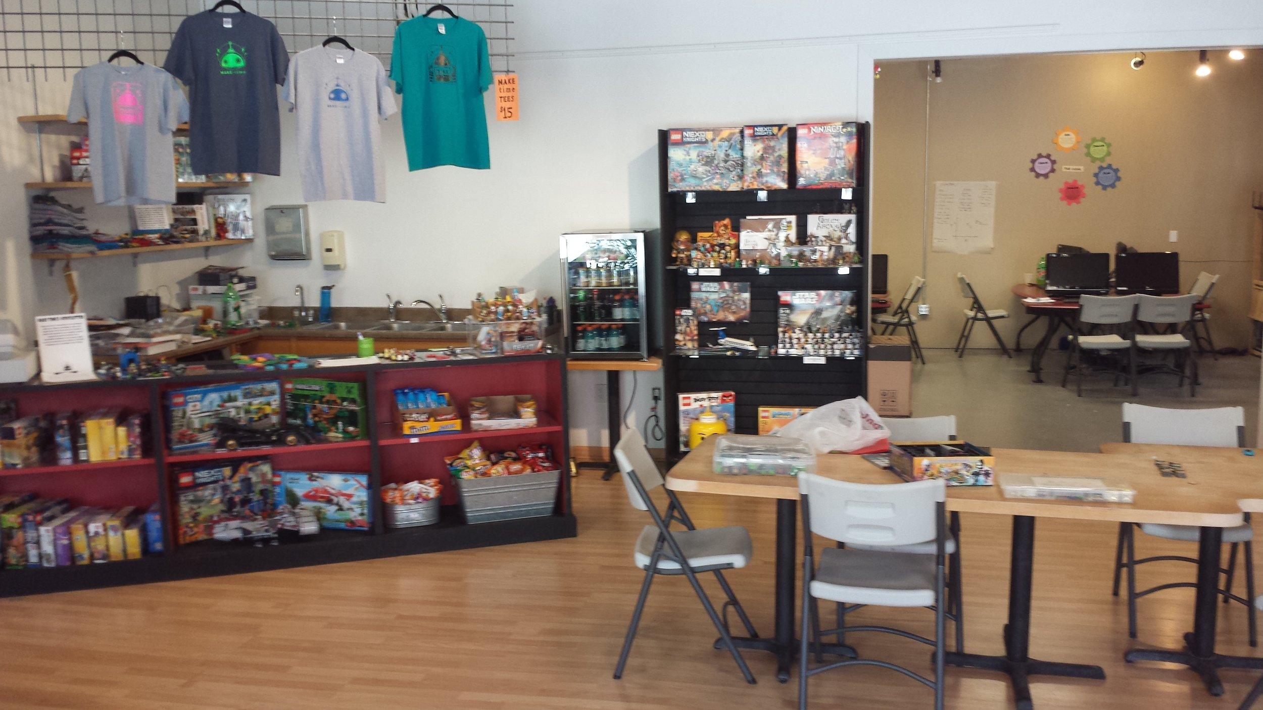 Make Time : 1400 Square Feet of Tools/Supplies for Making Art & Anything You Dream Up