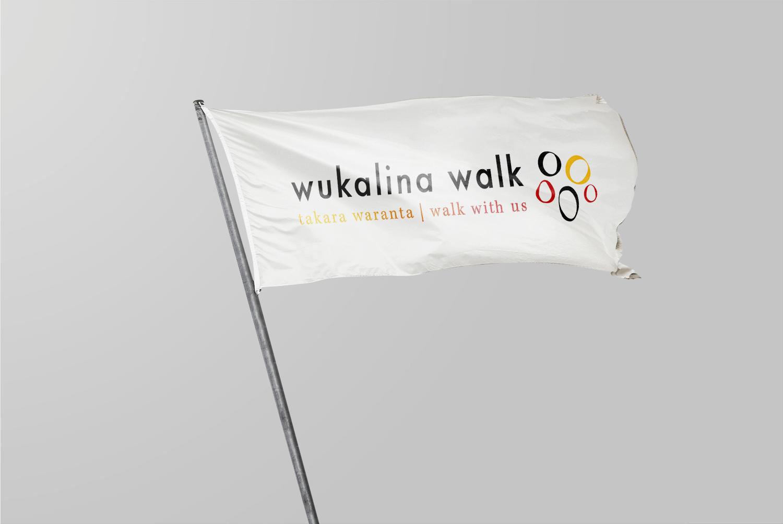 free_flag_mockup_#02_By_Rafael_Lovi.png