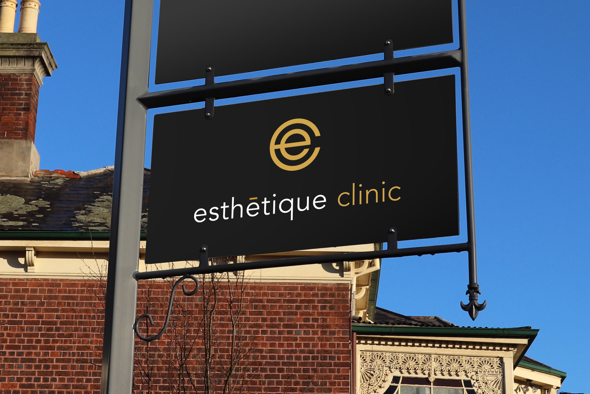 esthetique clinic logo sign.jpg