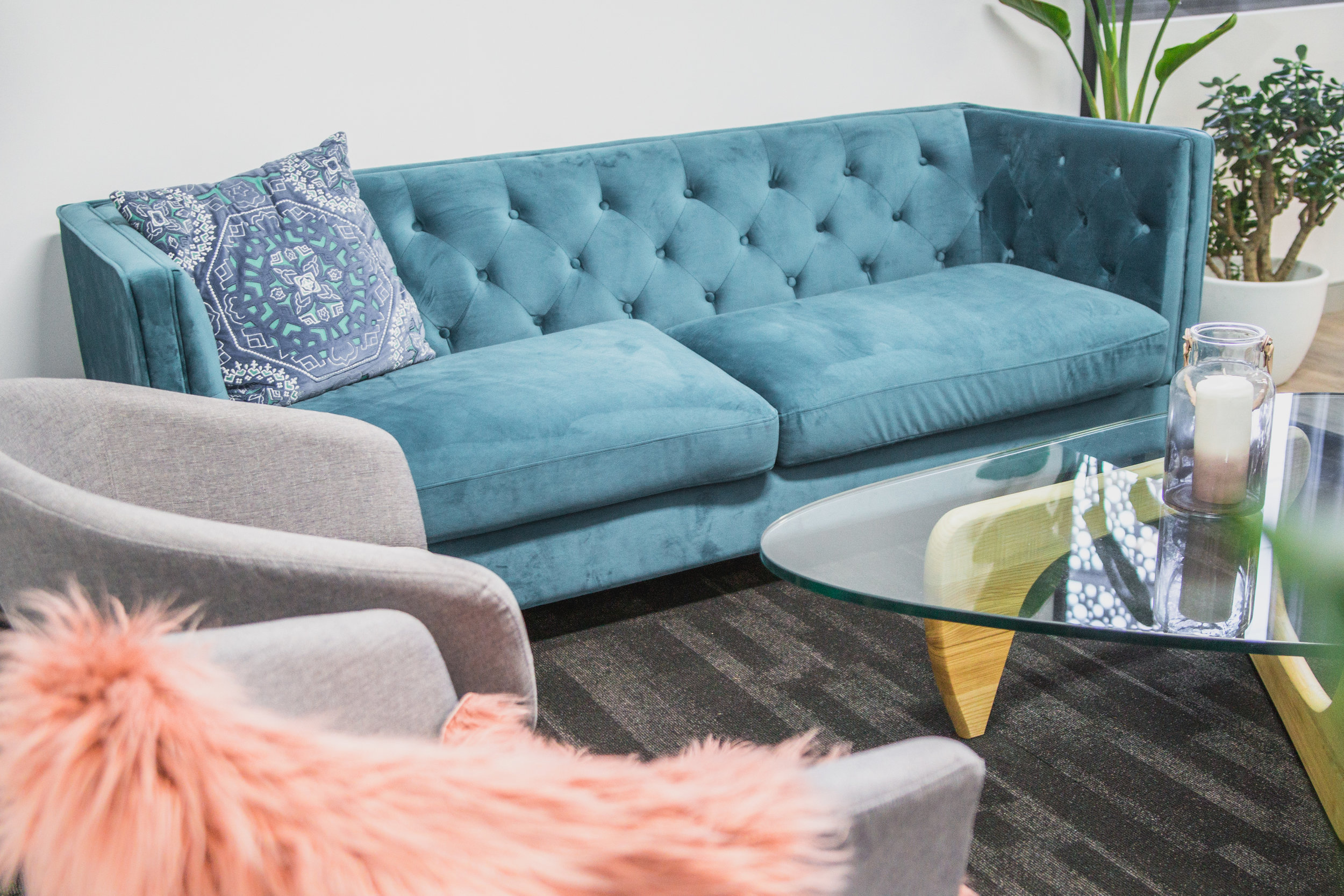 Relaxed Lounge - $40/hourLarge couch with 2 lounge chairs & low tableTV with HDMI or chrome-cast