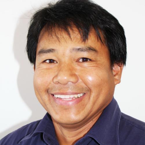 Roberto Inong | Mercedes-Benz Technician