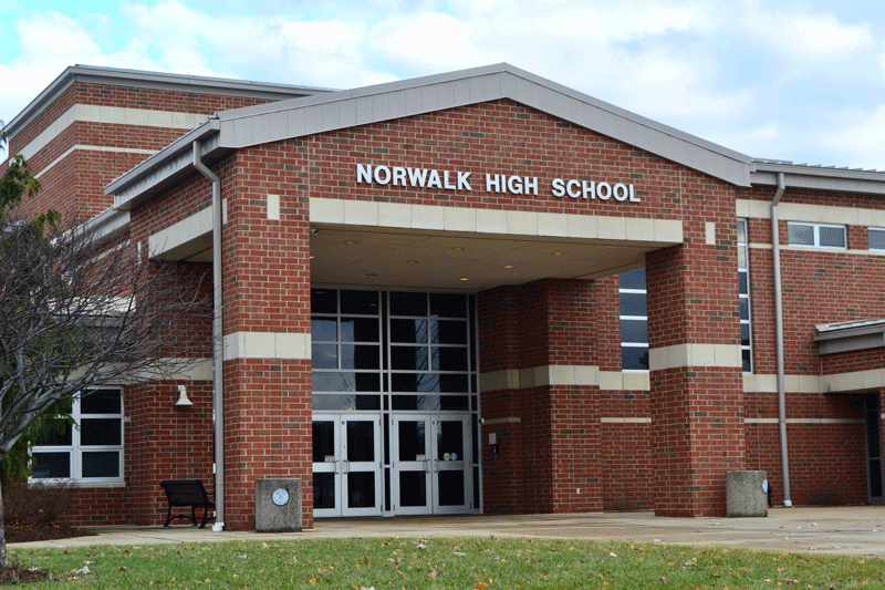 Norwalk City School District - With six buildings located throughout Norwalk, Norwalk City Schools offer excellence in education for just under 3,000 students from pre-k through high school. Residents of the far north end of Norwalk are part of the Edison Local School District.