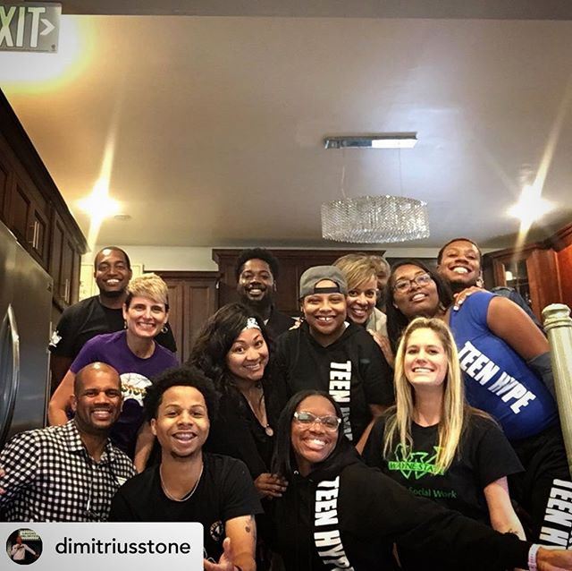 Posted @withrepost • @dimitriusstone The energy this team of youth organization staff members brings to the room is unmatched! Deeeeeeetrooooiiit! . . . . . #detroit  #teenhype  #energy  #celebrateyouth  #iwanttoworkthereagain