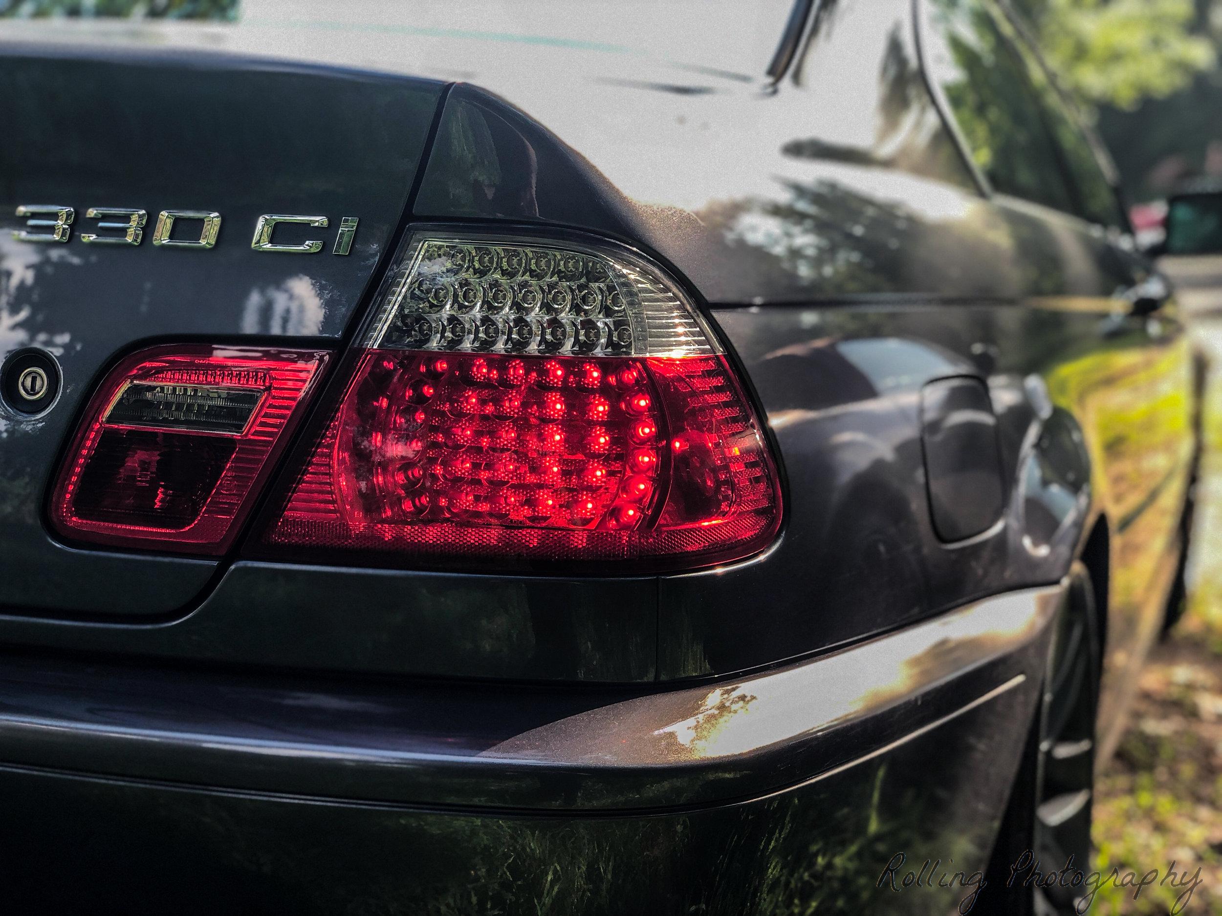 330ci rear right.jpg