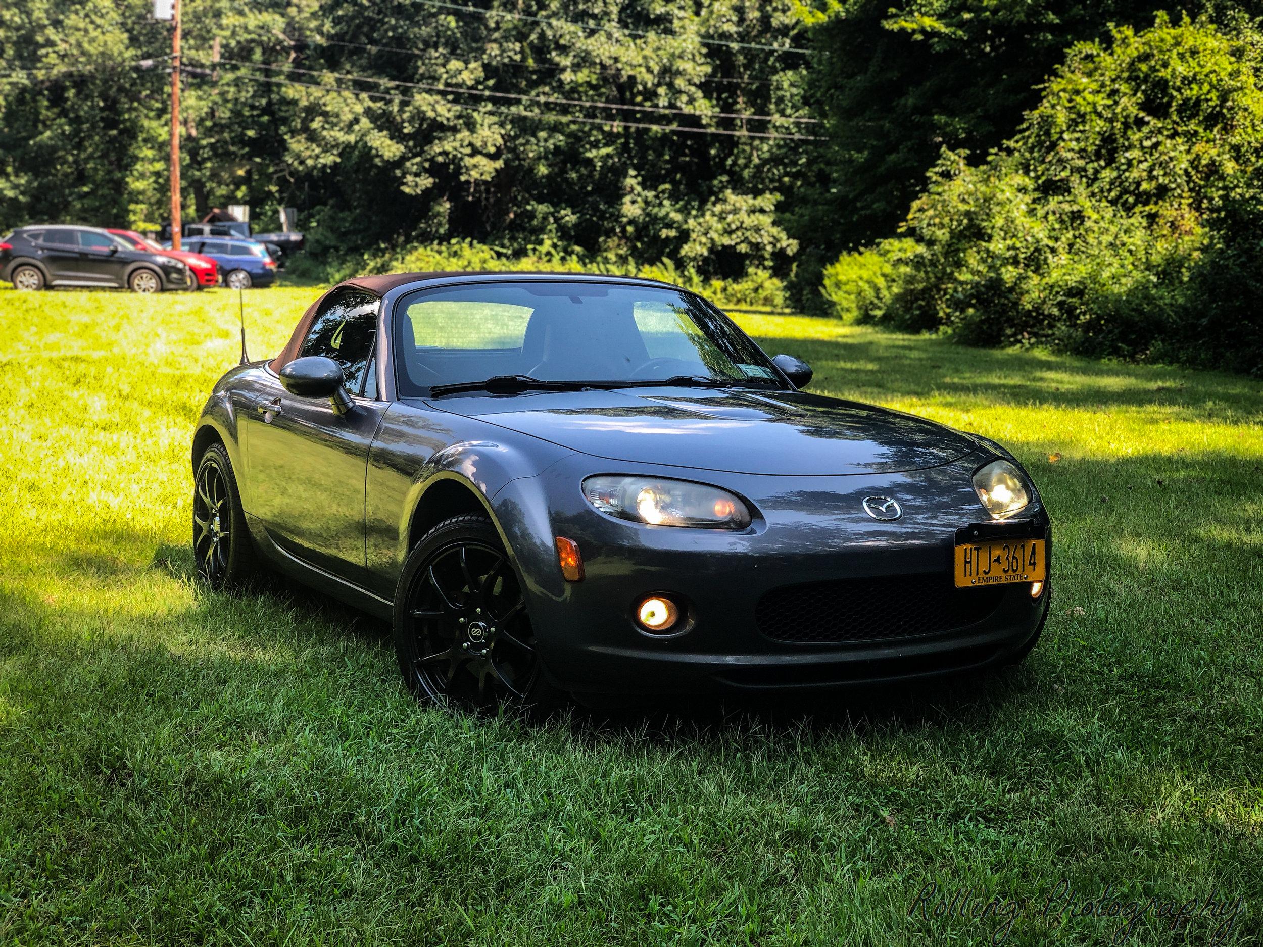 2007 Mazda Miata Grass Shot Profile.jpg
