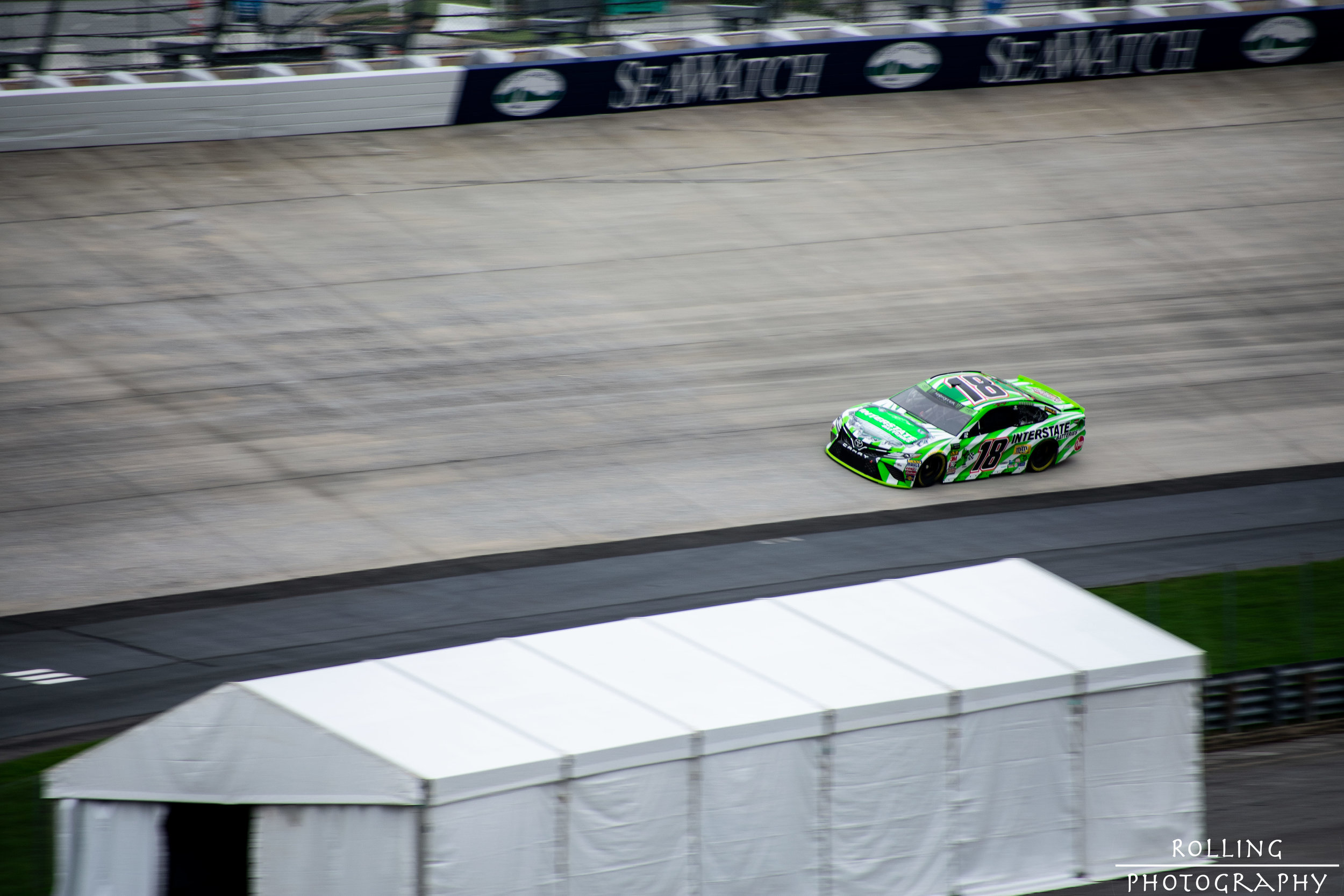 #18 Kyle Busch on Dover 3 ISO 100, 70-300mm lens (300mm), f / 6.3 Shutter Speed  1/200