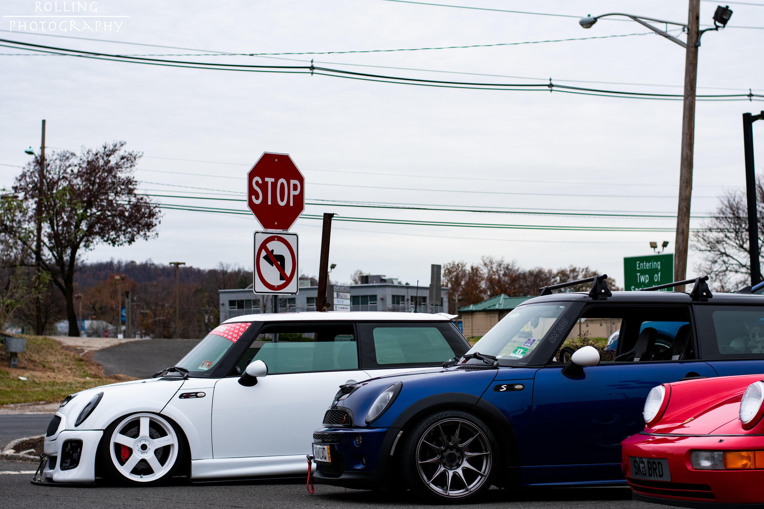 Group Shot of  @sikmini ,  @blue_coop_r53  and Porsche 911 Carrera 4 (964)  ISO 200, 50mm, f / 4.0 Shutter Speed 1/500