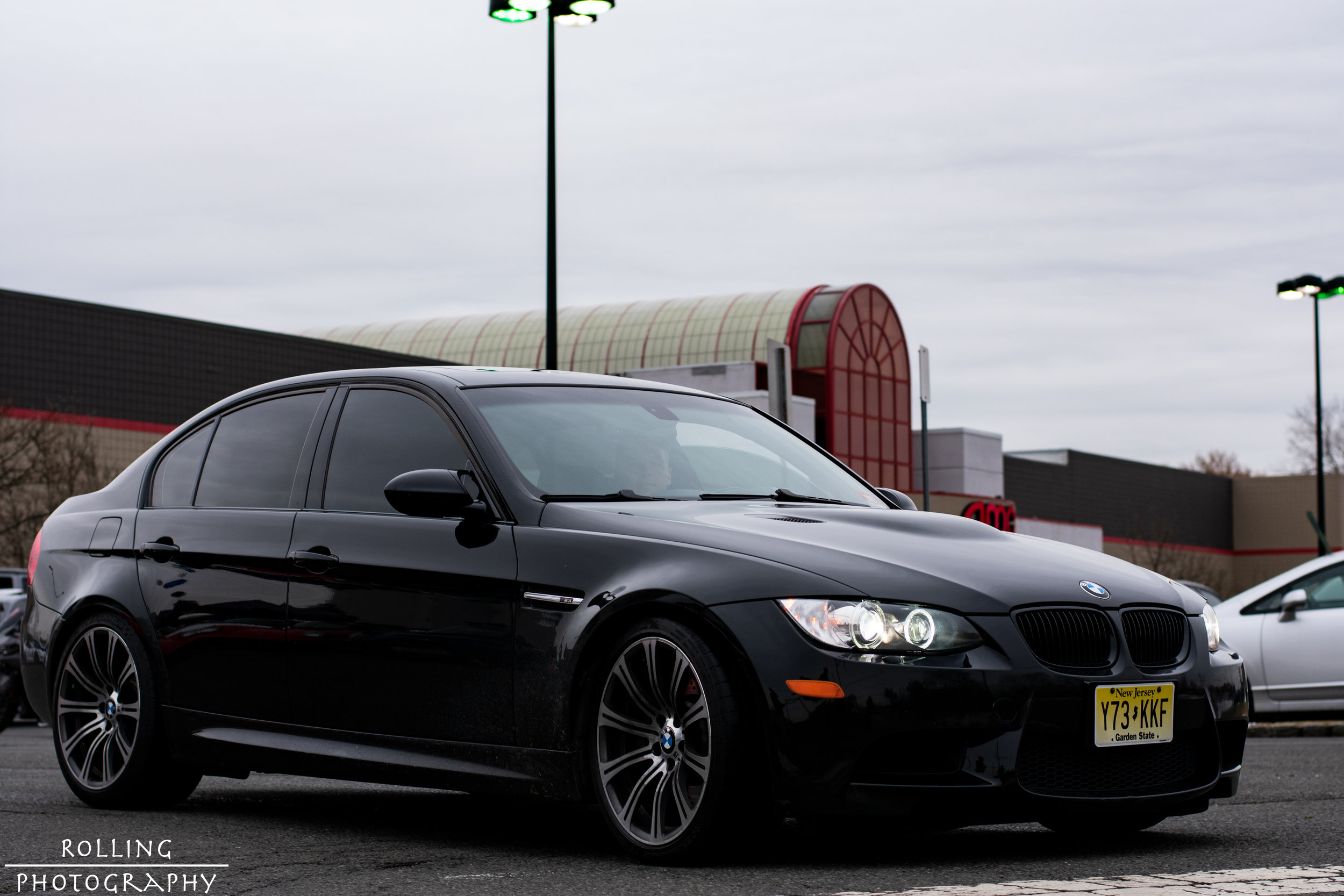 BMW E9X M3 Black Leaving.jpg