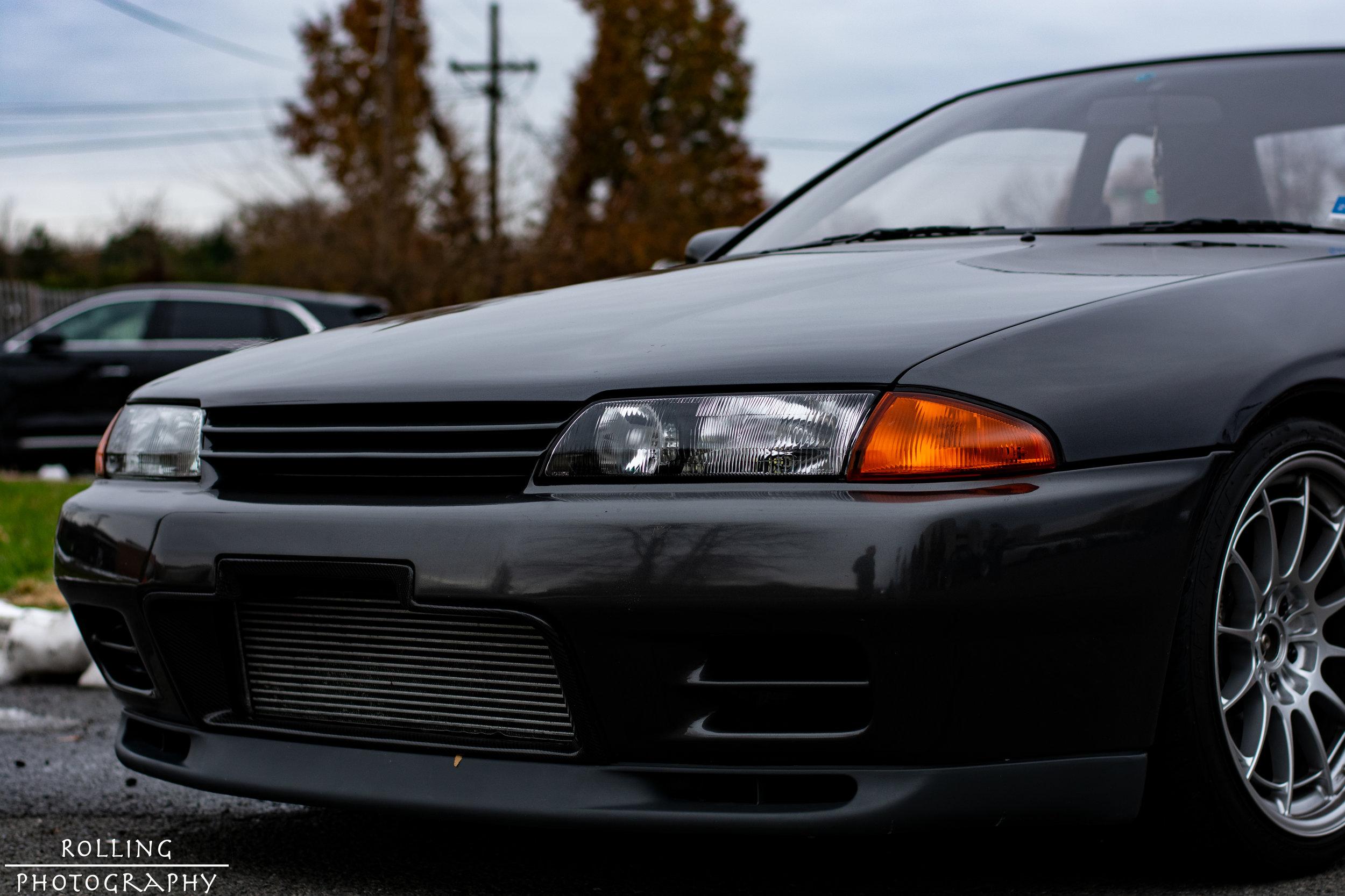 Nissan Skyline R32 GTR Front Left.jpg
