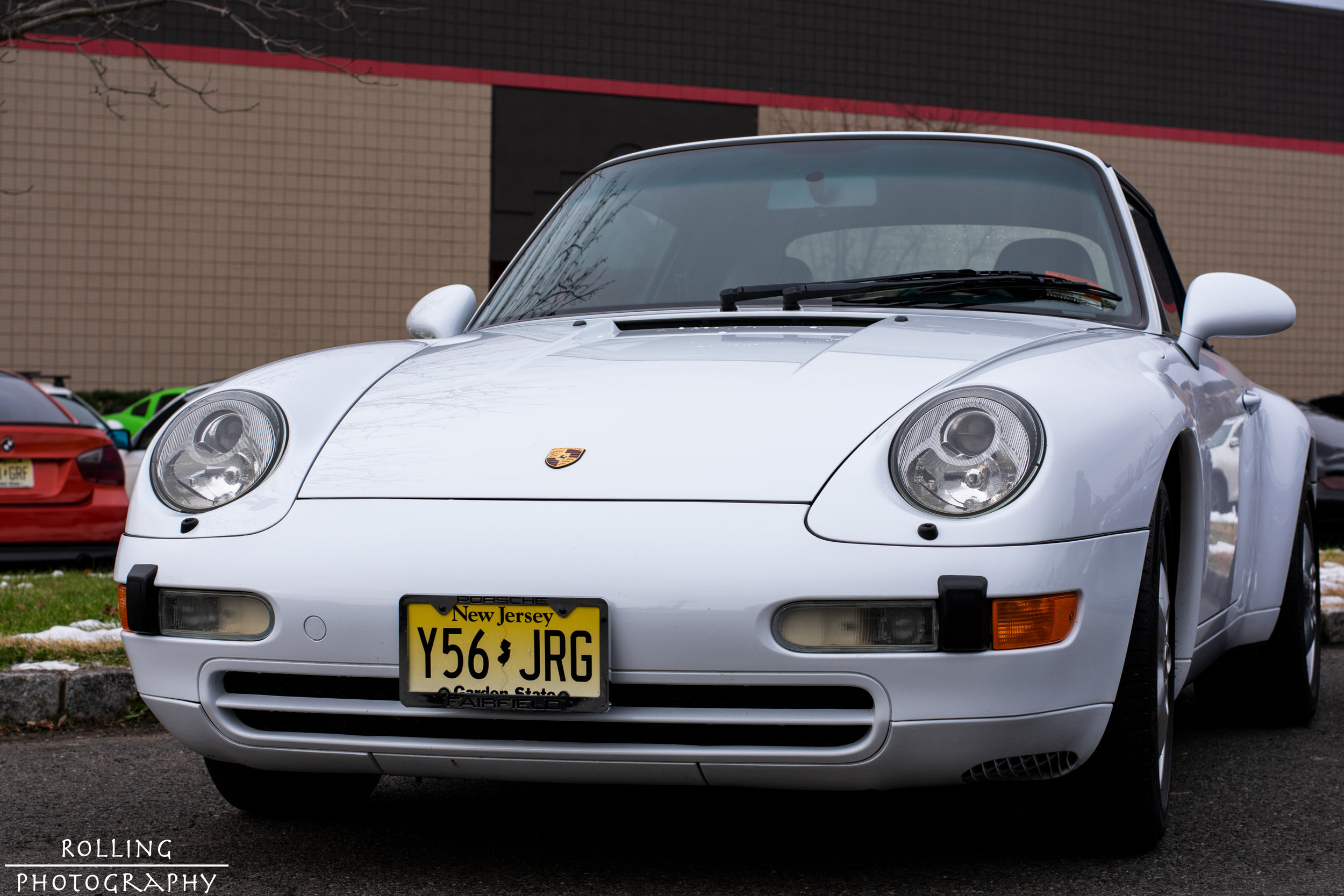 Porsche 911 (White)  ISO 200, 50mm, f / 8.0 Shutter Speed 1/200