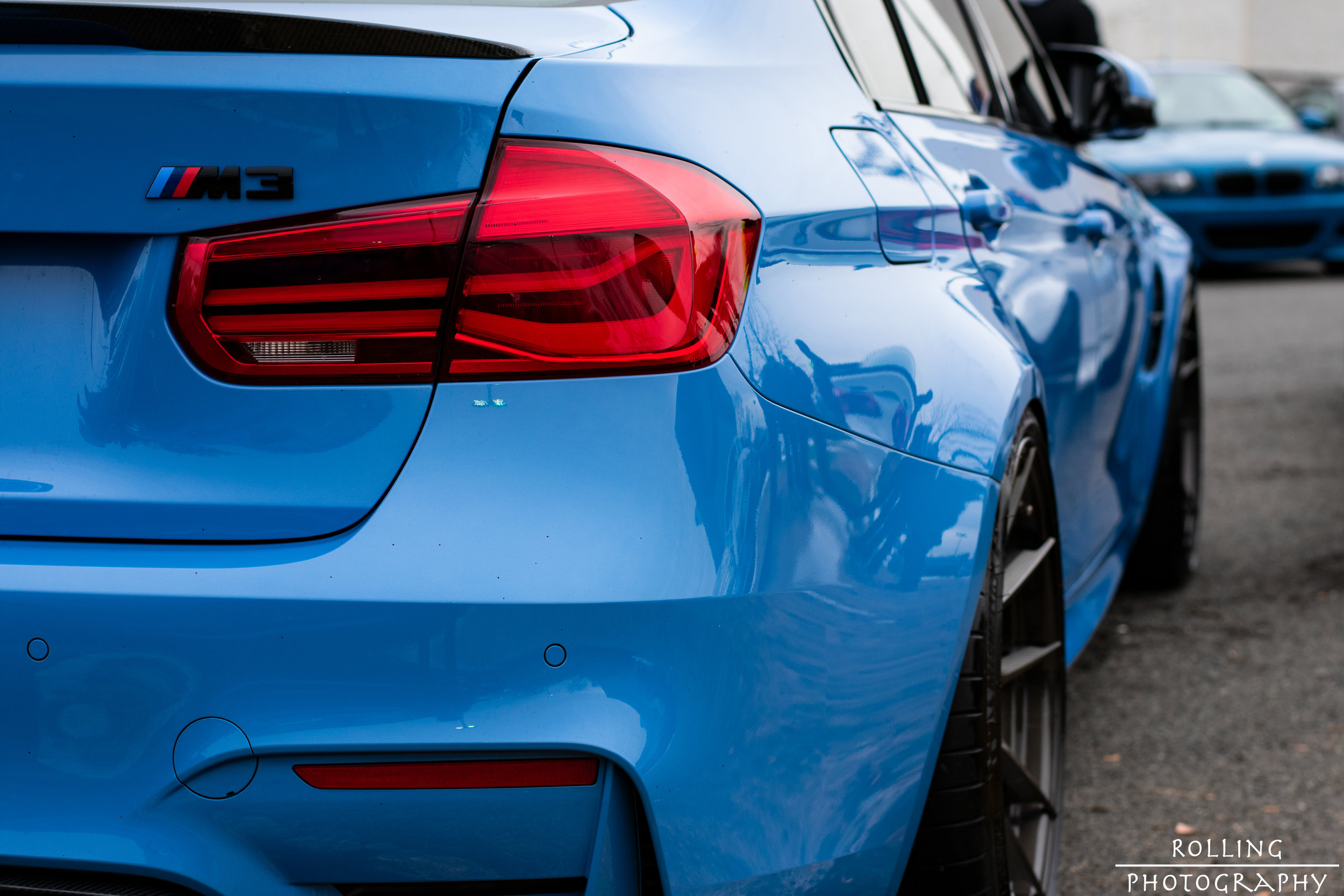 BMW M3 Sedan (F80) (Yas Marina Blue)  ISO 200, 50mm, f / 4.5 Shutter Speed 1/400