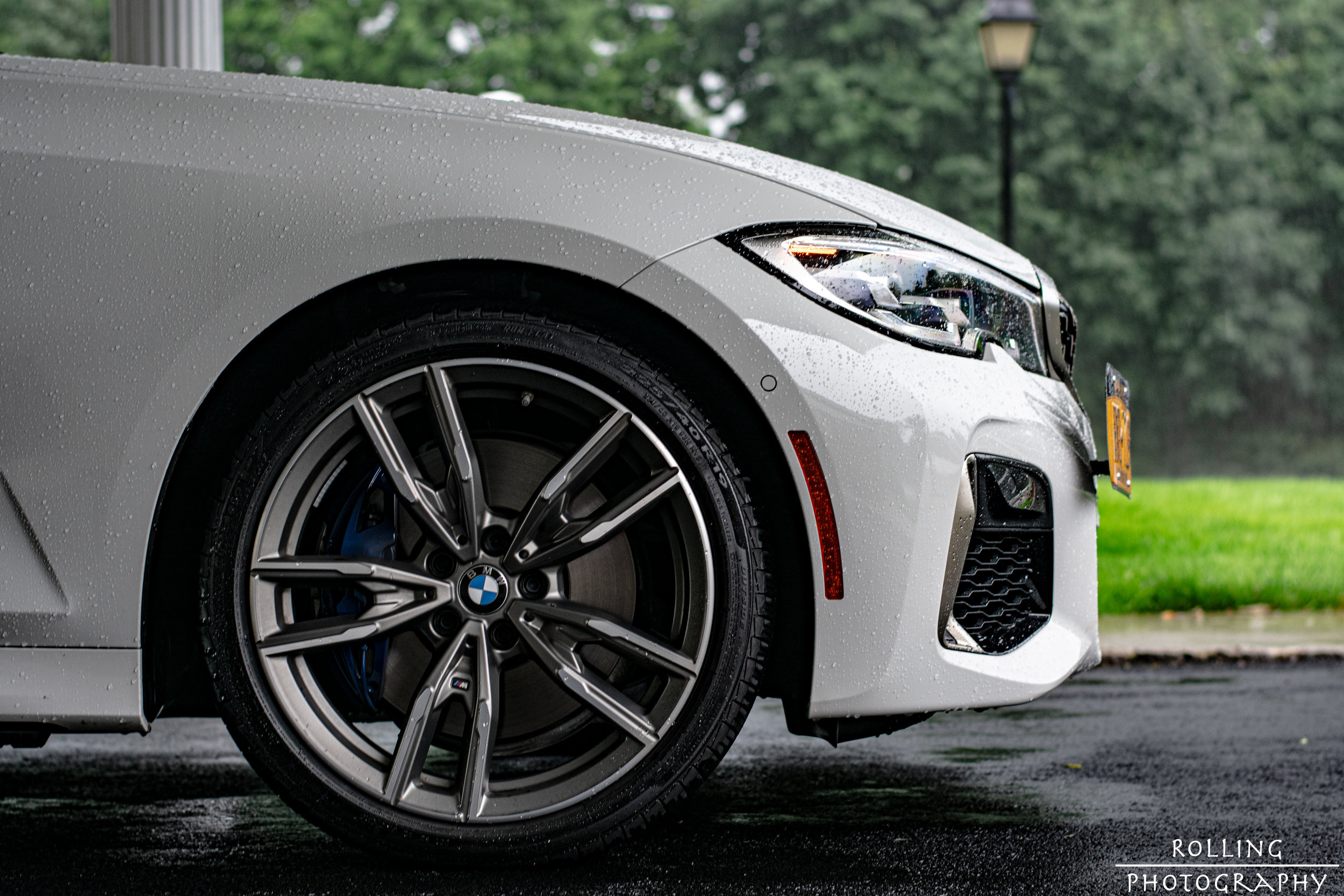 M340i Low front right.jpg