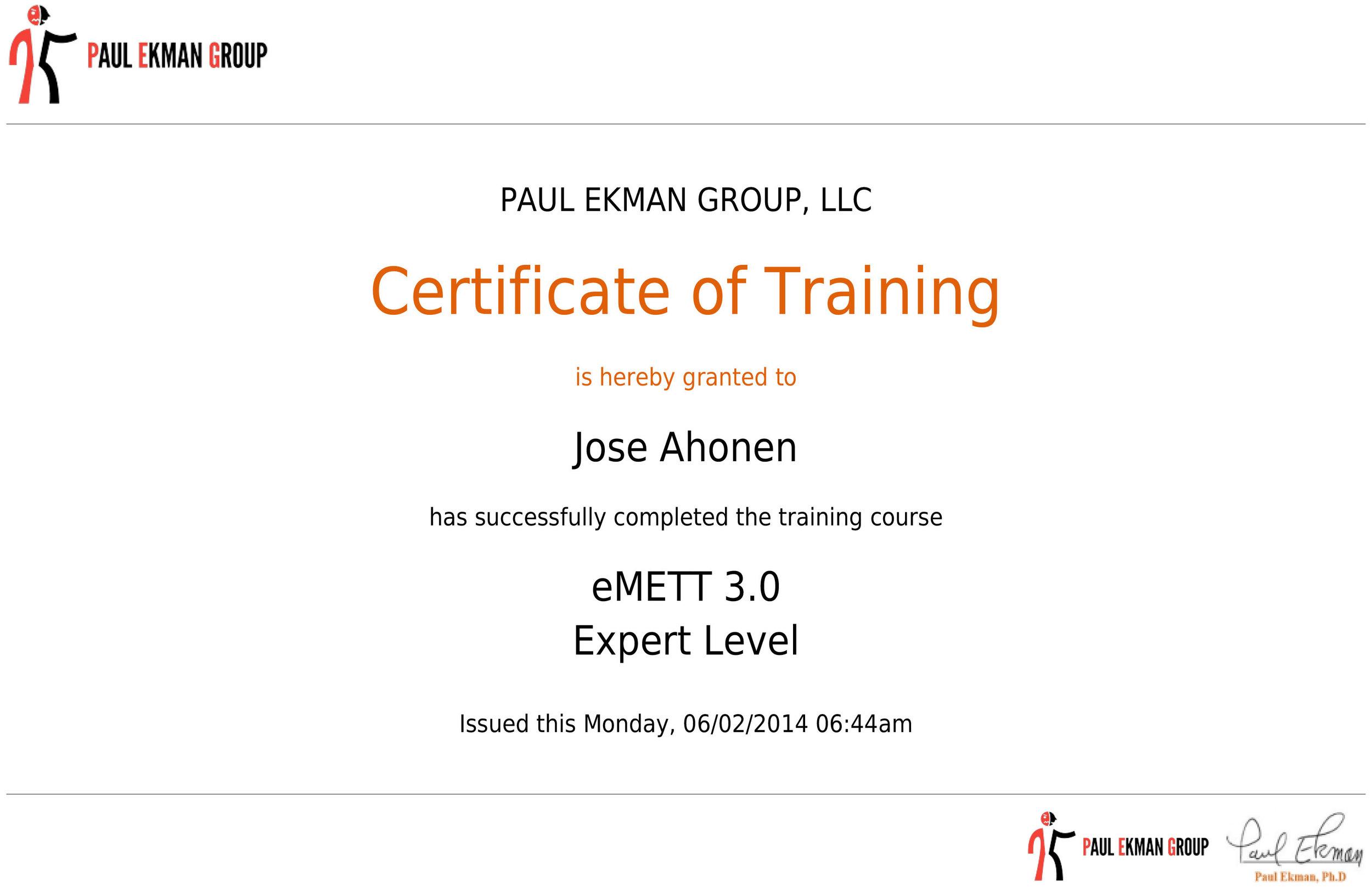 Jose on läpäissyt psykologi Paul Ekmanin mikroilmekoulutuksen expert-tasolla tuloksin 96/100.