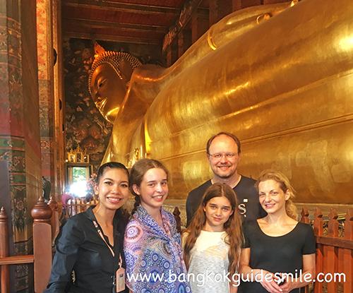 bangkoktourguide-watpho-recliningbuddhatemple-07.jpg