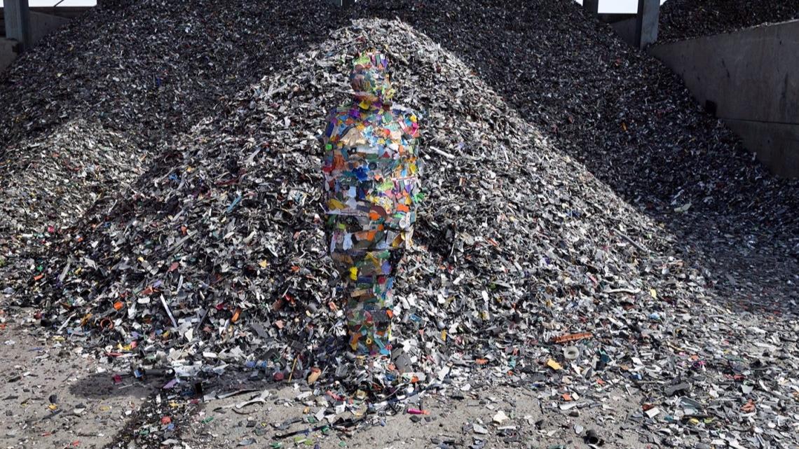 E-waste-Plastic.Susana-Sanroman-1140x670.jpg