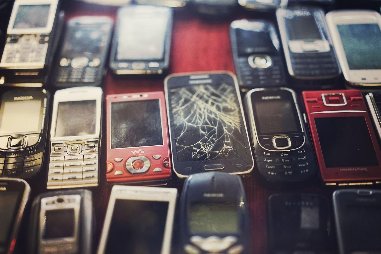 1 billion smartphones were created last year - in just 9 months.