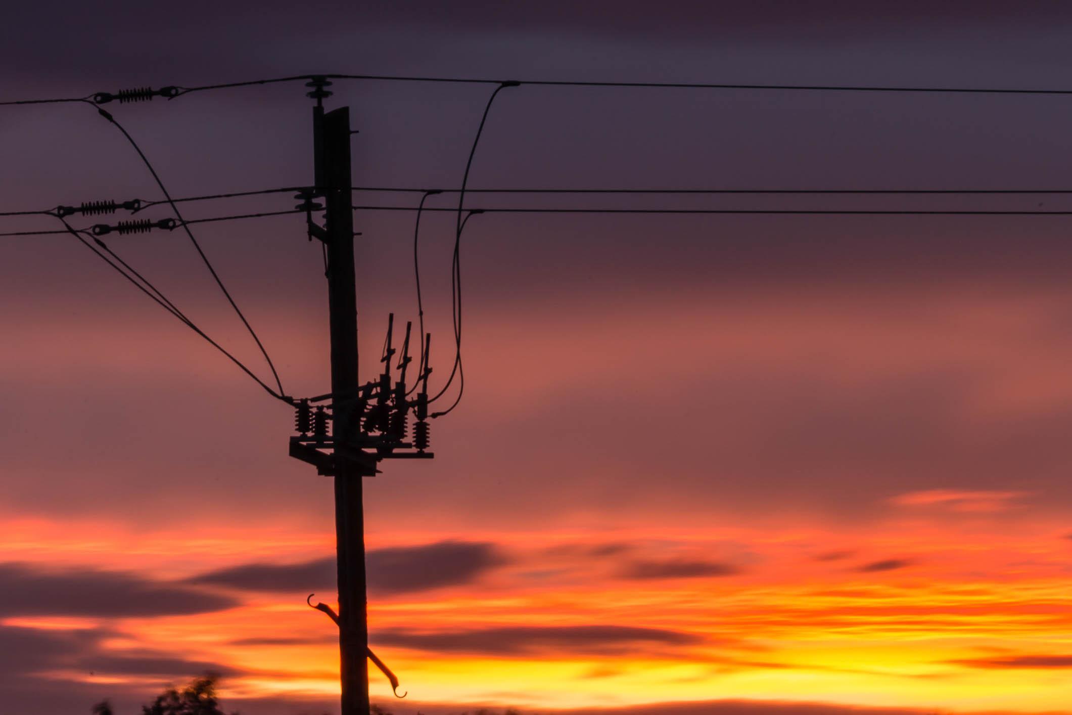 Fire & Wire (2 of 5).jpg