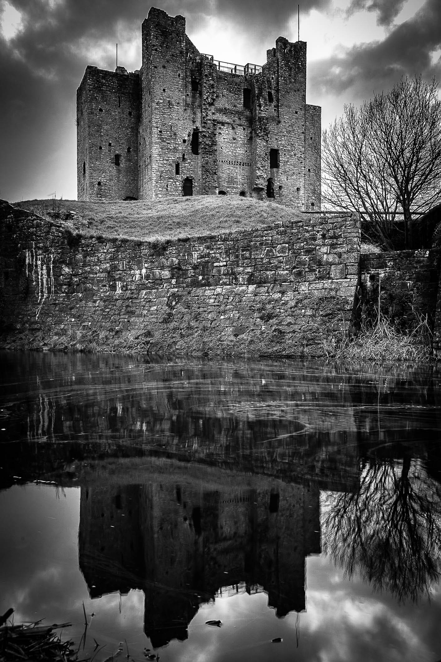 Trim Castle B&W-1862.jpg