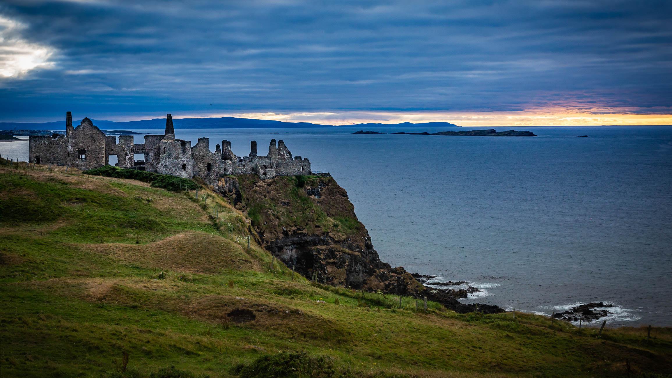 Dunluce Castle-3699.jpg