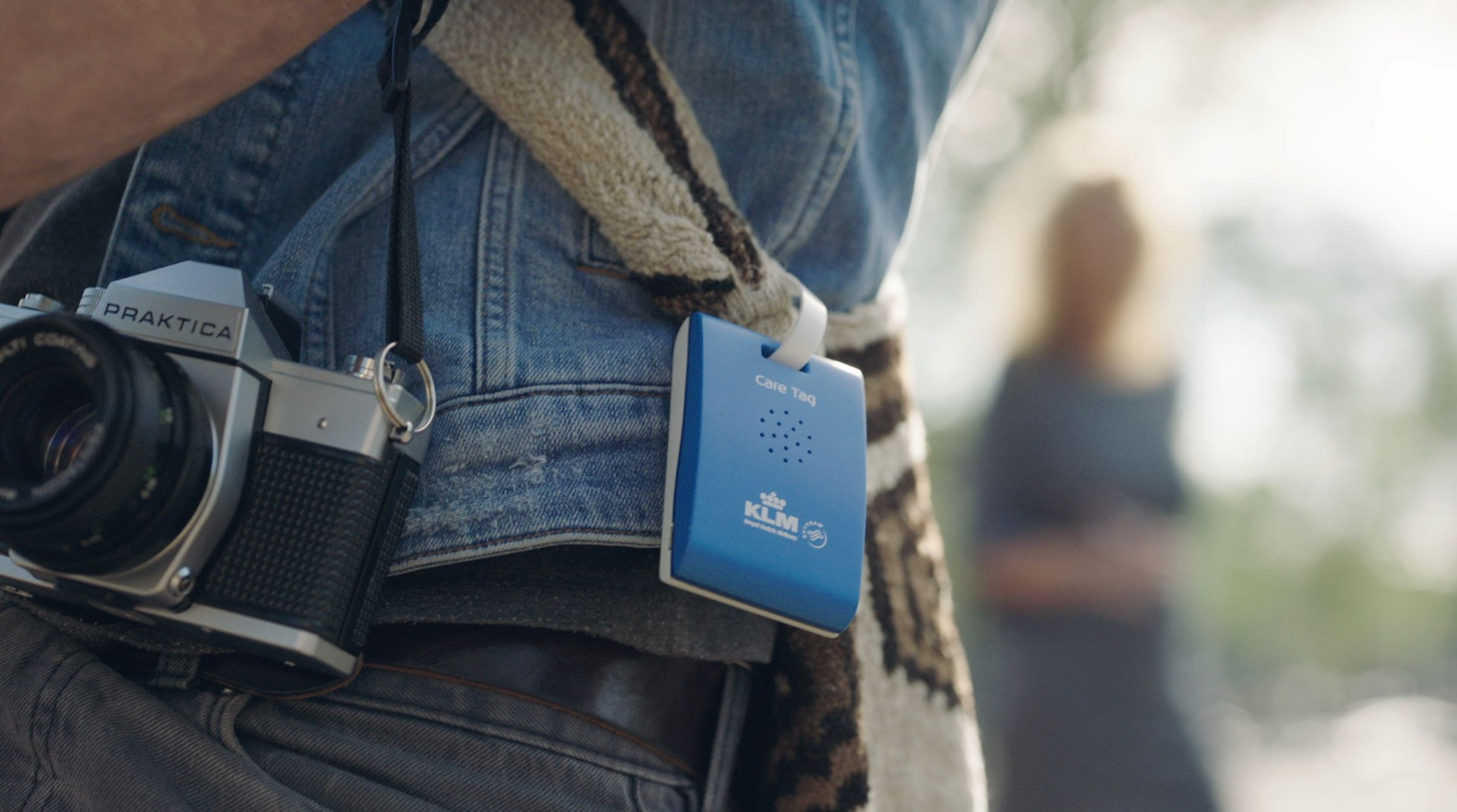 KLM Care TagA GPS tag that gives real-time audio tips to tourists visiting Amsterdam. - Client: KLMread more —>