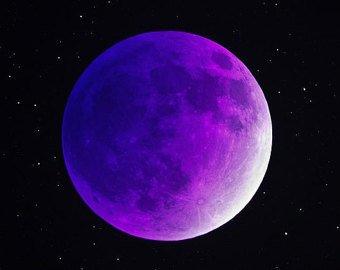 13 Moons Reading
