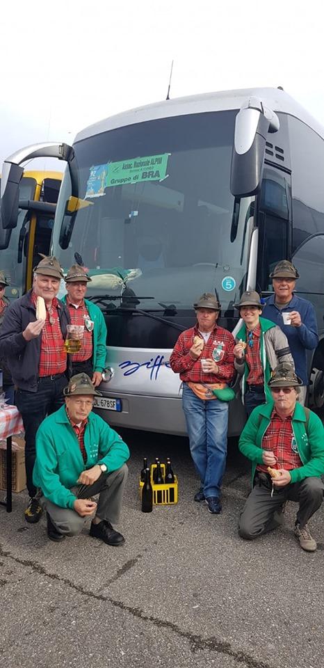 adunata alpini milano 2019 gruppo biffo noleggio autobus.jpg