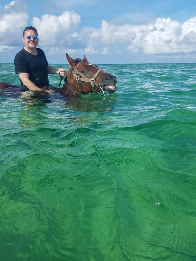Cayman 3.jpg