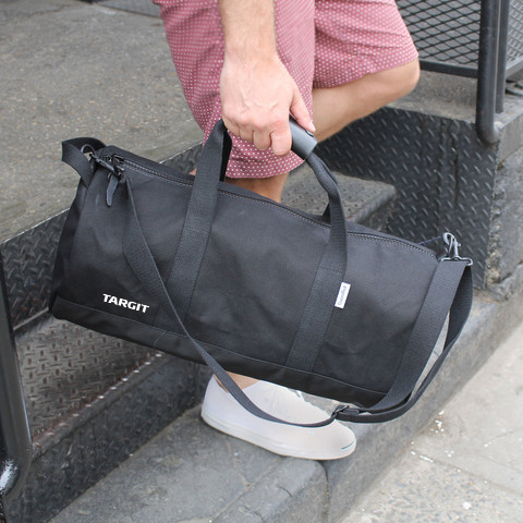 black-duffel-lifestyle_large copy.png