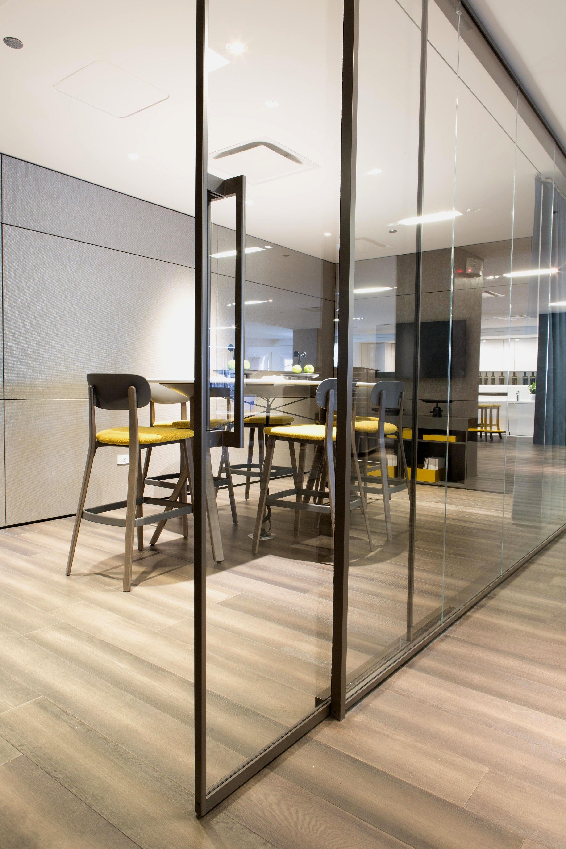 Focus  Paul's Corporate Portfolio Teknion | 2016