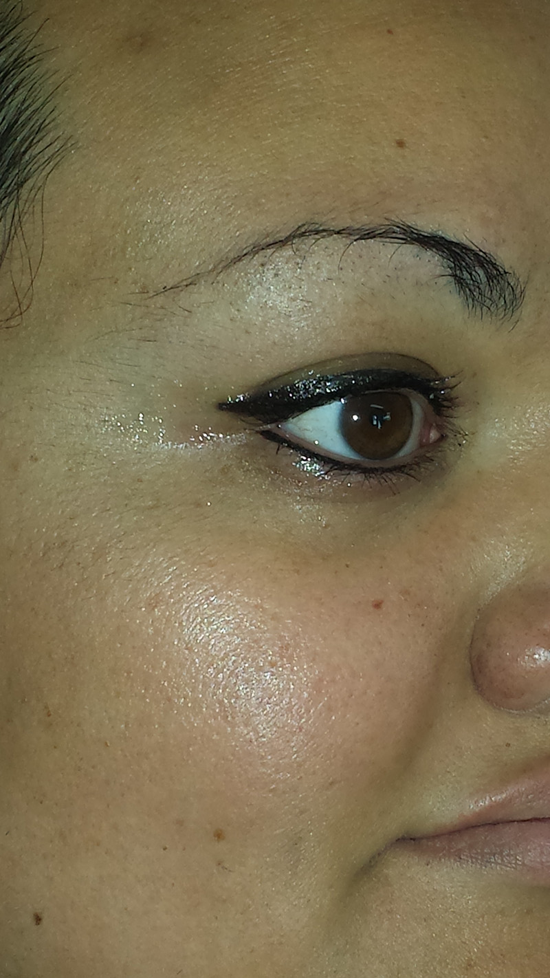Showing the 0uter points of client's eyeliner.