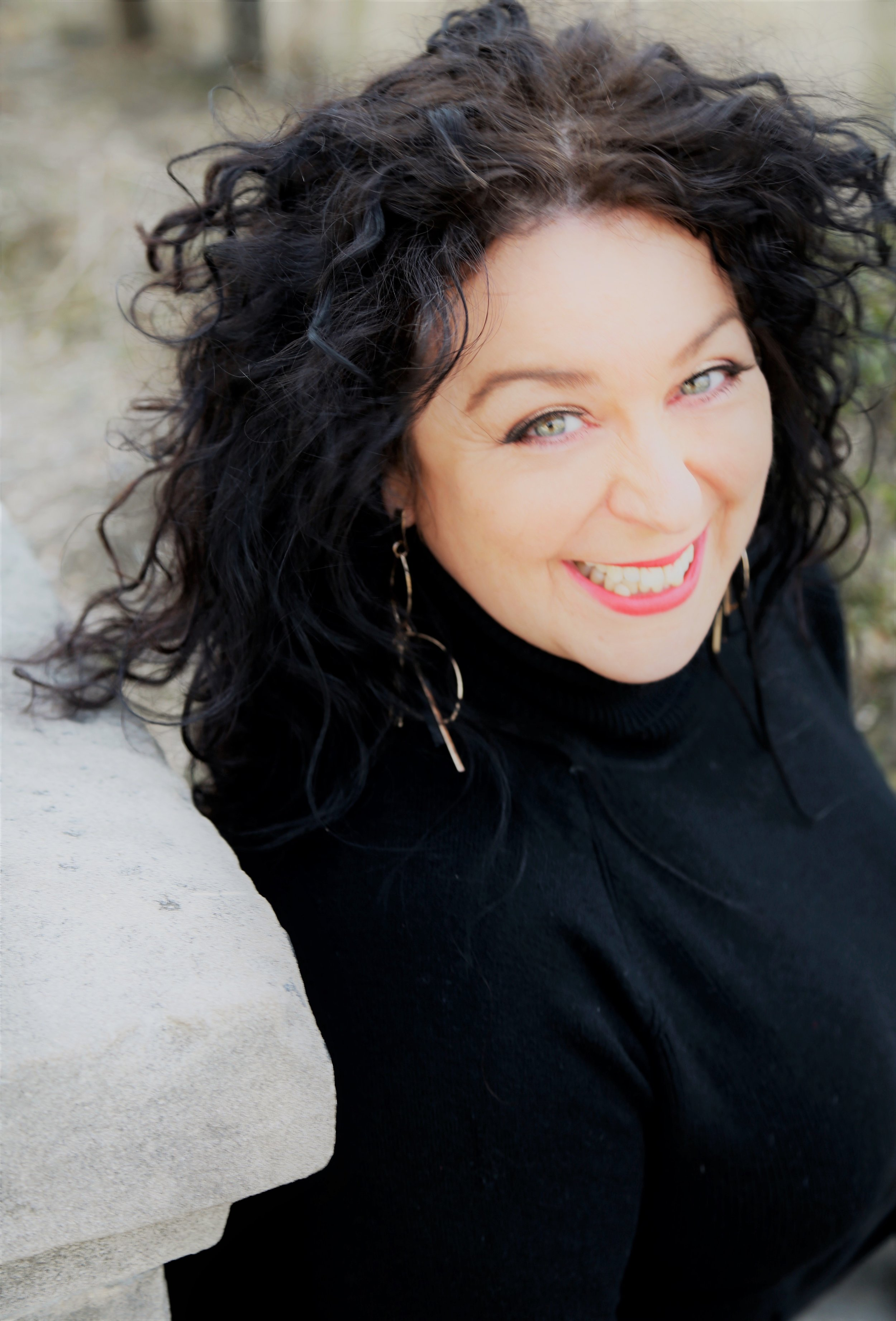 CYNDI darnell |Sexologist Sex & Relationship Therapist - Elle Chase is one of the most dynamic and competent sex educators working in the US today. She's as gifted in transmitting useful information about pleasure, shame and the body as she is in making you laugh your ass off. What a glorious combination of talents.Elle offers useful, practical skills to those seeking knowledge about pleasure, toys, accoutrements and consent for bodies often overlooked in the mainstream. Her special gift is in making people feel comfortable and validated in spaces that traditionally haven't been open to diversity in pleasure and connection.A global expert and advocate for pleasure at any size, Elle is my go-to referral for anyone wanting to know how to smash the stigma regarding weight & body image and its effect on pleasure and intimacy.She's also a really, really, really nice person, one of my faves. Just sayin'.