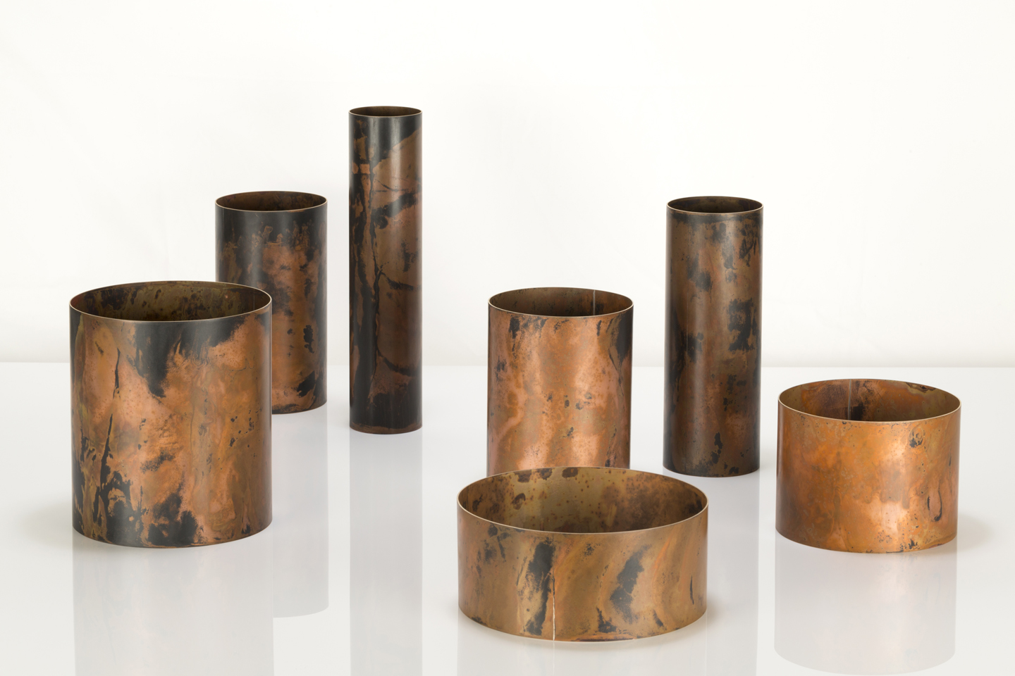 Juliette_Bigley_Cylinders_patinated_gilding_metal_2018_4.JPG