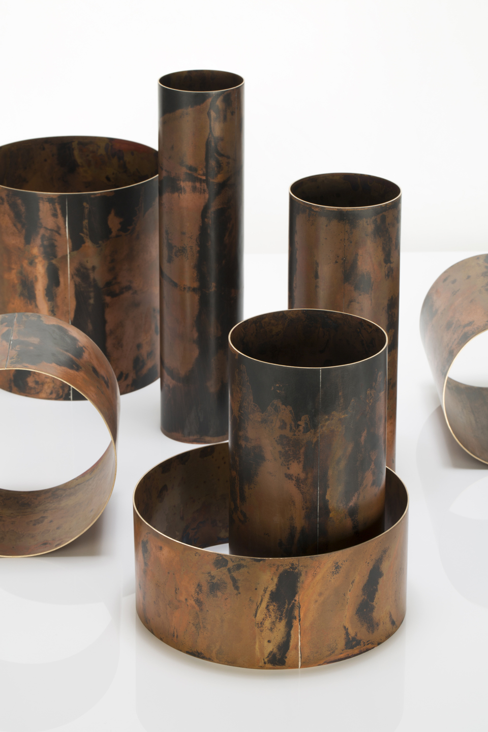 Juliette_Bigley_Cylinders_patinated_gilding_metal_2018_5.JPG