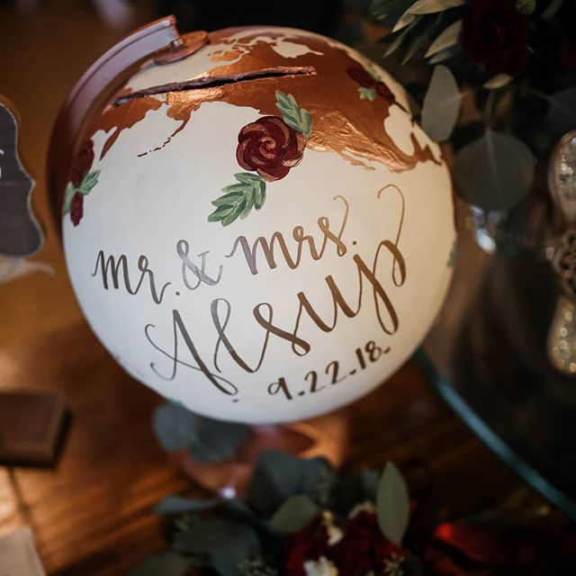 Looking for a fun and unique way to collect cards from loved ones? Repurpose an old globe for a look that is creative + provides a beautiful keepsake after your wedding! 🌎💕 ⠀⠀⠀⠀⠀⠀⠀⠀⠀ Message me today to start creating your custom piece! Let's chat and make things happen!! 💜⚜ ⠀⠀⠀⠀⠀⠀⠀⠀⠀ ⠀⠀⠀⠀⠀⠀⠀⠀⠀ #fleurdeleighdesigns #fleurdeleigh #handlettering #moderncalligraphy #brushlettering #lettering #calligraphy #modernscript #modernlettering #handscript #handwriting #letteringdesign #weddingenvelopes #envelopeaddressing #envelopecalligraphy #weddingdetails #elegant #calligraphylove #flatlay #withlove #globe #repurposed #repurposedglobe #weddingdecor #decorsign #weddingsign #paintedglobe #cardbox #weddingideas #customcreation