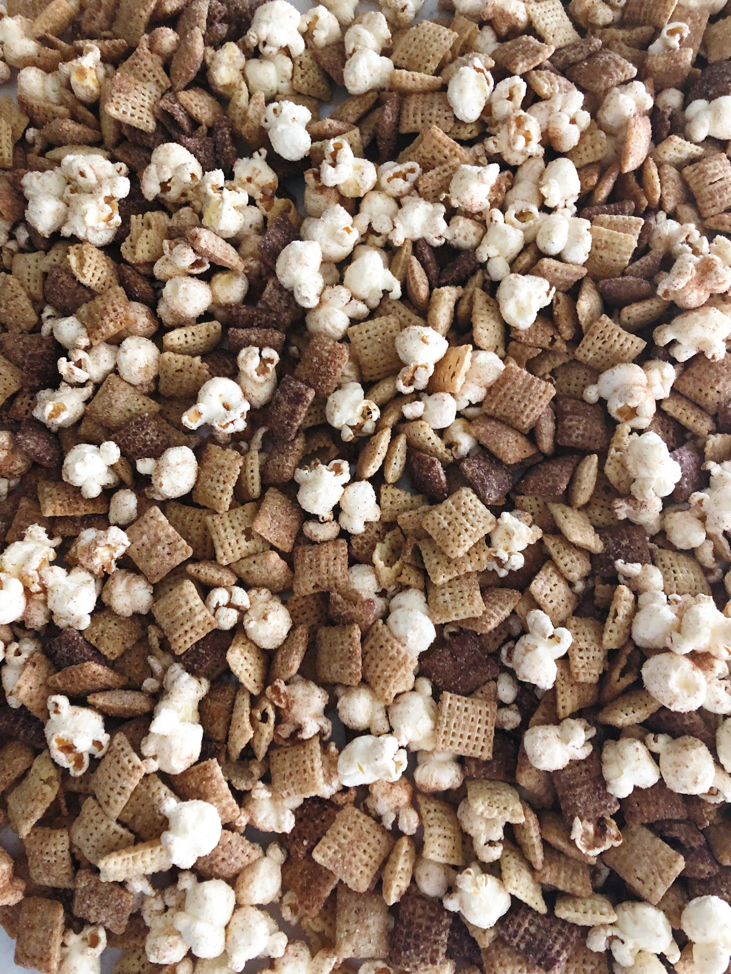 snickerdoodle-chex-cereal-popcorn-mix.JPG