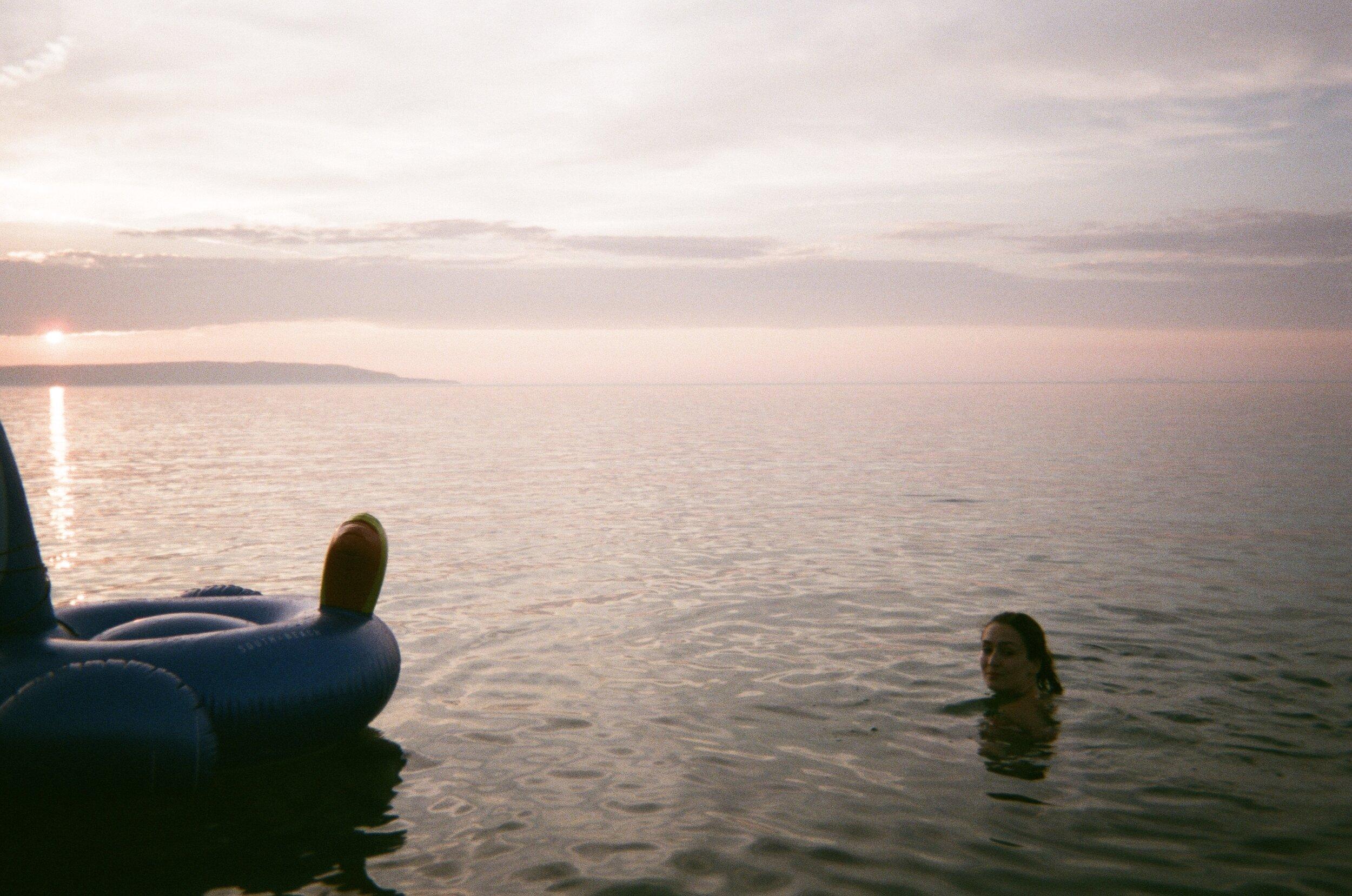 floatie.jpg