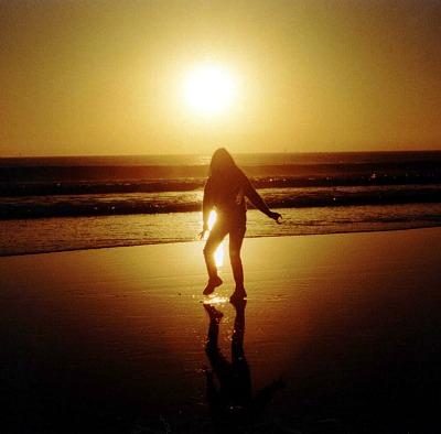 small.Woman.on.beach.Bill.Kuffrey.PDP.jpg