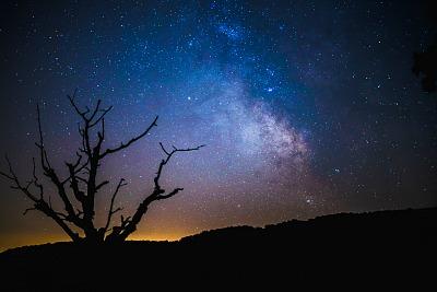 sm.sky-at-night-1494148465qORPDP.jpg