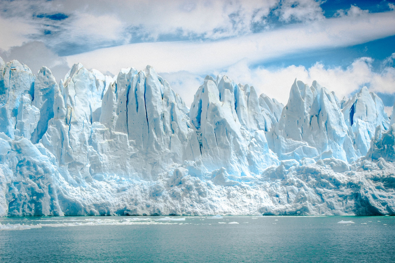 The Earth's oceans are warming 40% faster than previously thought. Credit Unsplash.