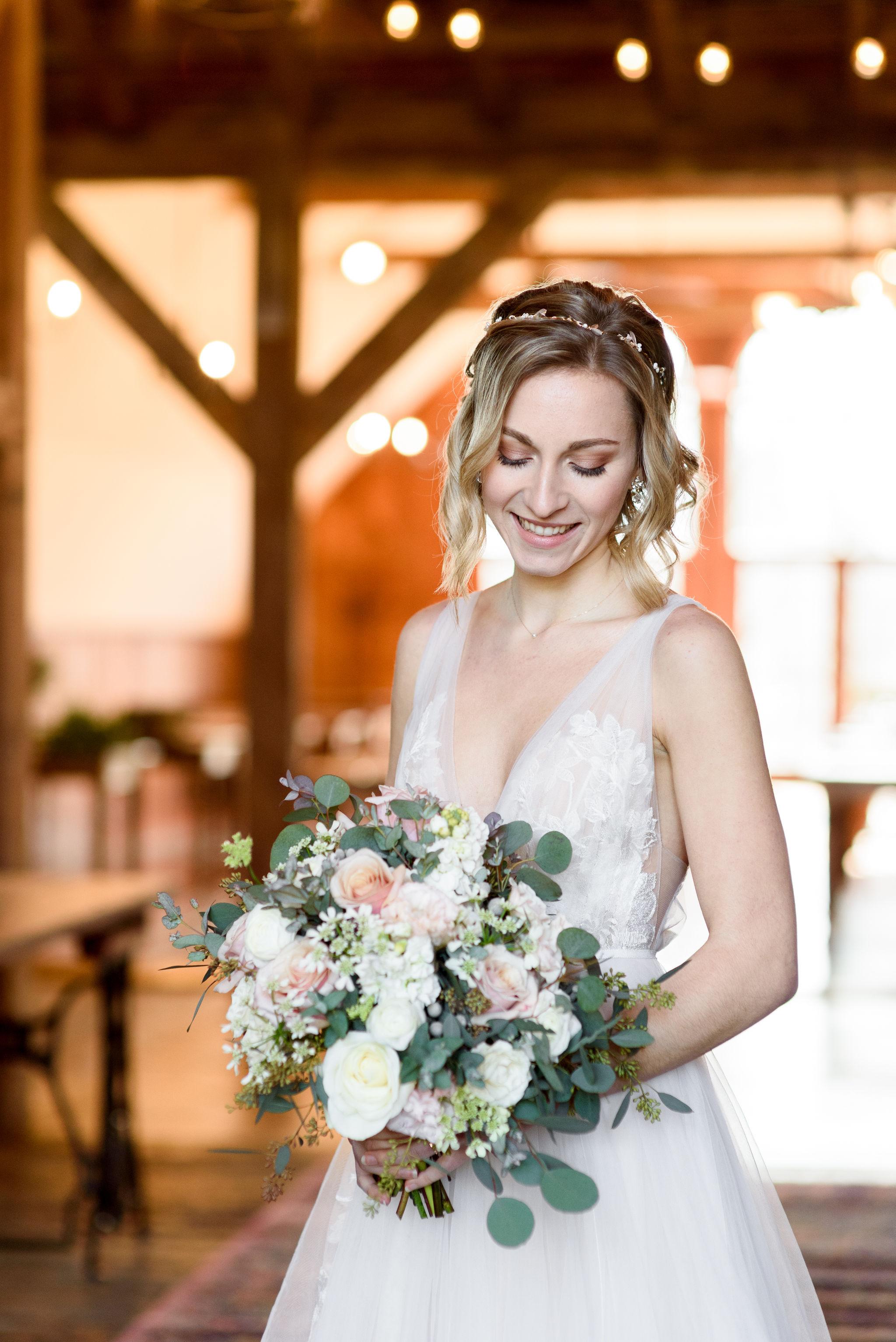 michellelynnweddings-petalcollective-stonebrook-37.jpg
