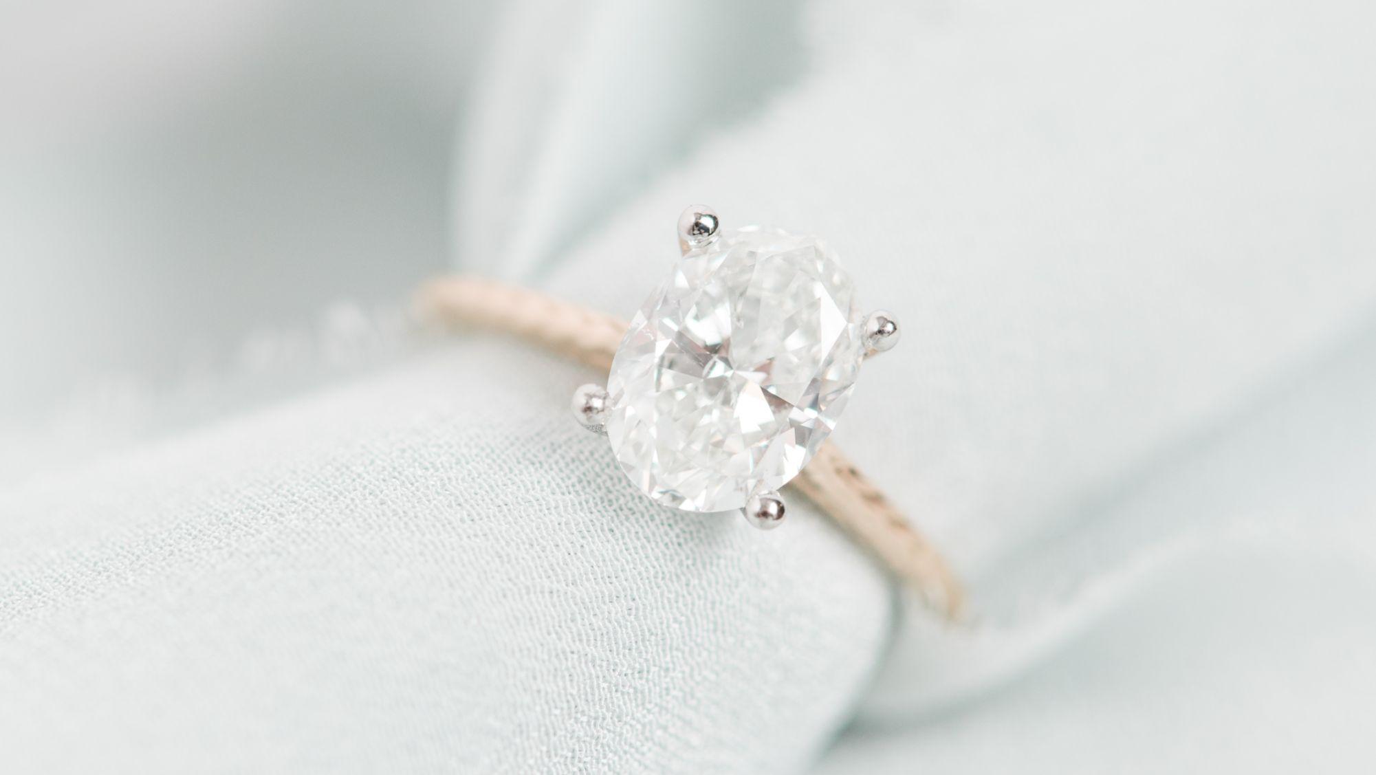 wedding rings:  l. priori jewelry