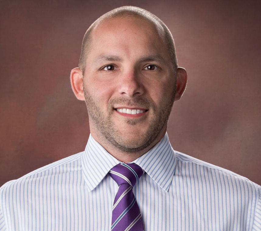 Dr. Zacharko, Physical therapist, manual therapy, orthopedic specialist.